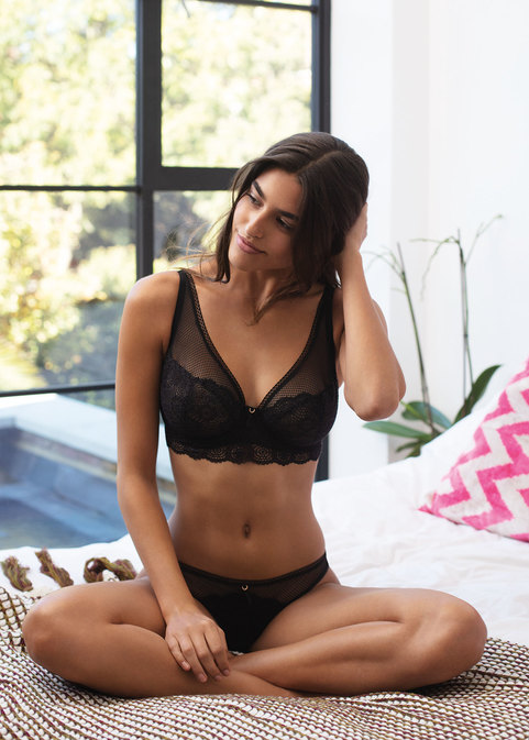 Freya Expression High Apex Bra Black Promotional Picture